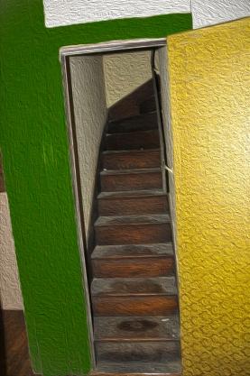 servent-steps-in-mansion-oil