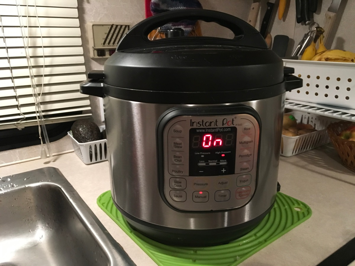 CHILI IN AN INSTANT POT HeartyVegetarian